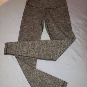 2/15 ☆ Old navy active workout leggings ☆